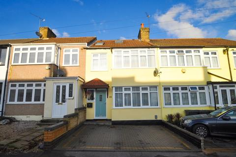 4 bedroom terraced house for sale - Benets Road, Hornchurch, Essex, RM11
