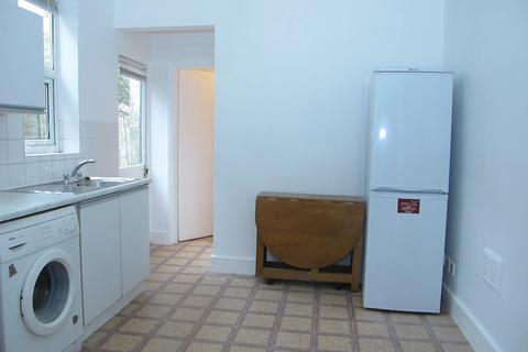 1 bedroom flat to rent - Albemarle Gardens, New Malden KT3