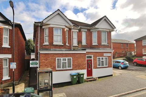4 bedroom property for sale - IDEAL INVESTMENT OPPORTUNITY