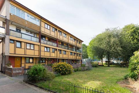3 bedroom flat to rent - Seysell Street, Isle of dogs, London