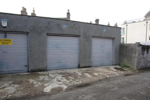 Property to rent - Lockup Garage, Broomhill Road,