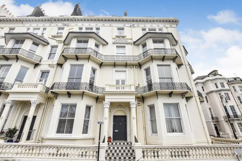 Studio to rent - Warrior House, Warrior Square, St Leonards-On-Sea, TN37