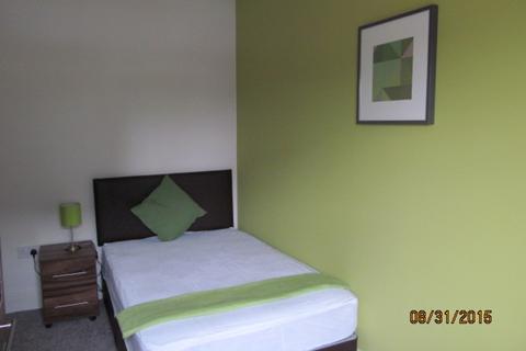 Studio to rent - Room 5 , Parker Street, Warrington