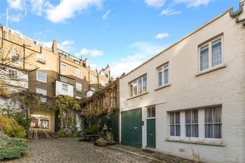 3 bedroom mews to rent - Bathurst Mews, London, W2