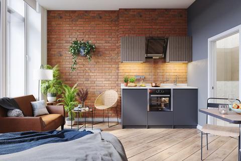 Studio to rent - 115 Princess Street
