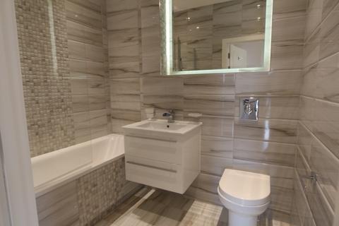 2 bedroom flat to rent - Staines Road West Sunbury TW16