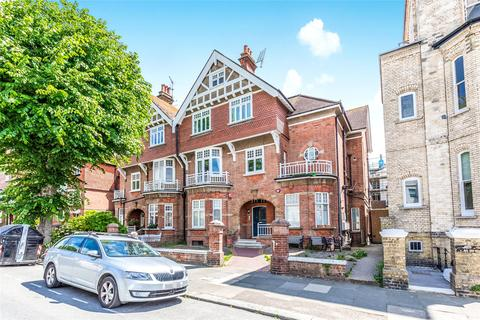 3 bedroom apartment for sale - Fourth Avenue, Hove, East Sussex, BN3