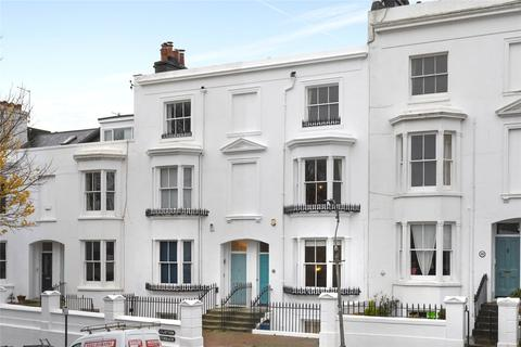 4 bedroom terraced house to rent - Clifton Terrace, Brighton, East Sussex, BN1
