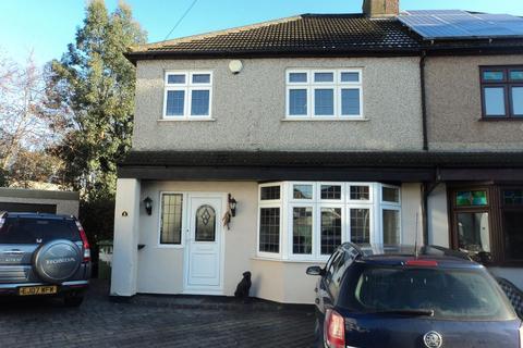 3 bedroom semi-detached house to rent - Ruskin Grove, Welling, KENT, DA16 3QJ