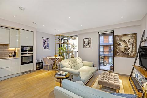 2 bedroom flat for sale - Dorset House, 18 Ram Street, London, SW18