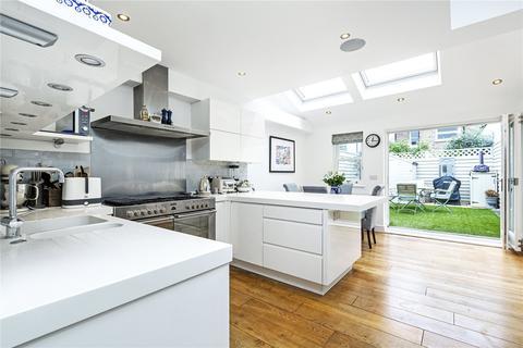 3 bedroom terraced house for sale - Ballantine Street, London, SW18