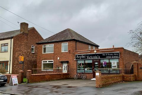 3 bedroom house for sale - Church Lane, Lowton, Warrington WA3 2AS