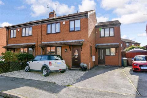 5 bedroom semi-detached house for sale - Churchill Rise, Burstwick, HU12