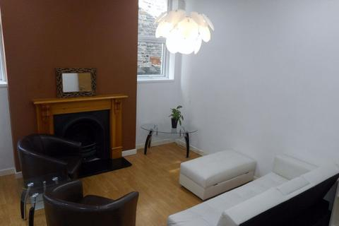 1 bedroom flat to rent - Richmond Road, Roath ( 1 Bed ) G/F Front