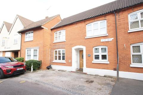 3 bedroom house for sale - Crouch Street, Basildon