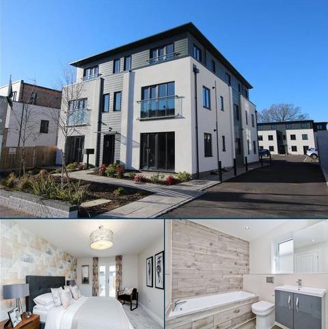 2 bedroom flat for sale - Elizabeth Court, Burgess Hill