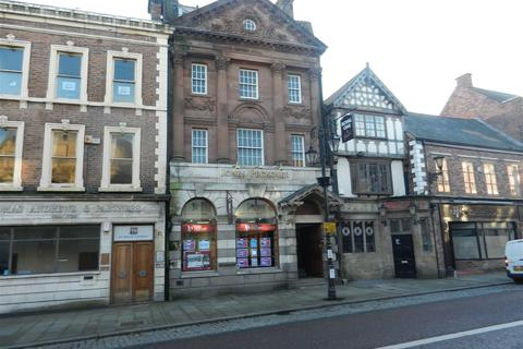 Property to rent - High Street, Wrexham