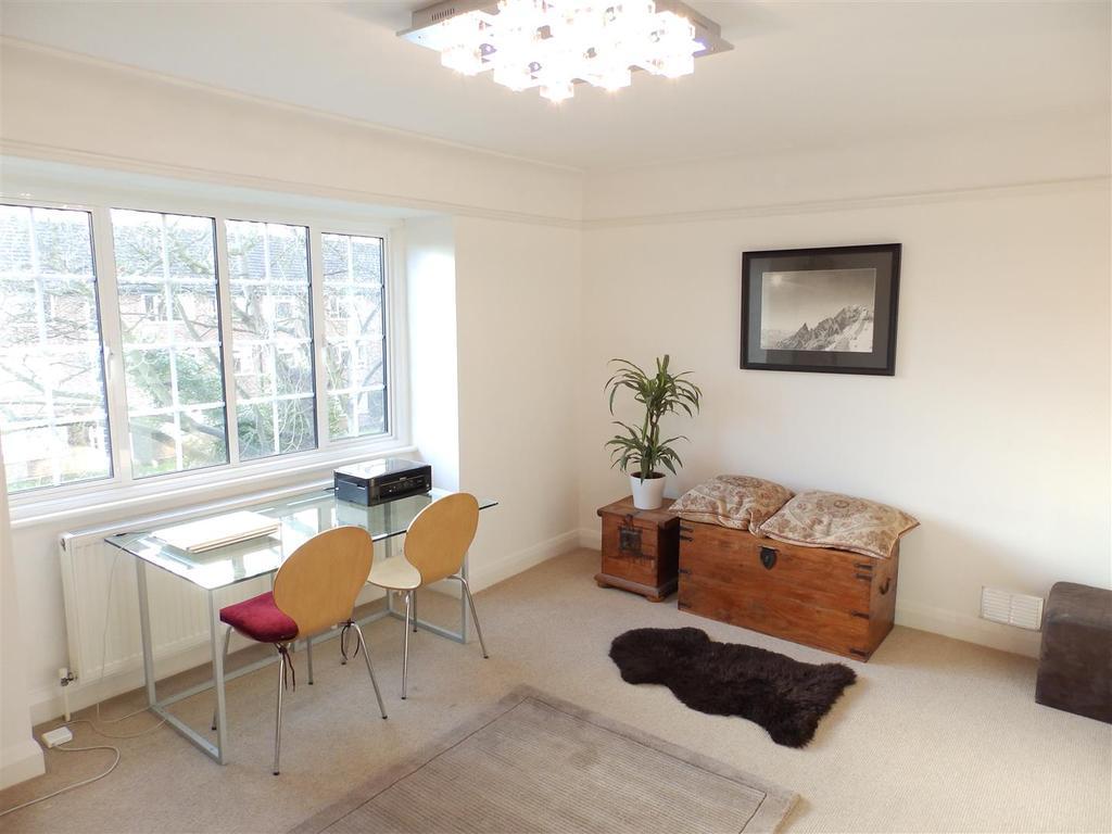 Oak Hill Court Surbiton 1 Bed Flat 163 1 125 Pcm 163 260 Pw