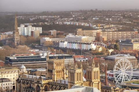 4 bedroom house to rent - highKingsdown, Bristol