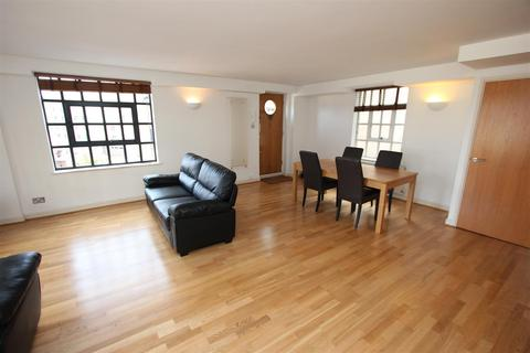 2 bedroom apartment to rent - Merchant Court, 61 Wapping Wall, London
