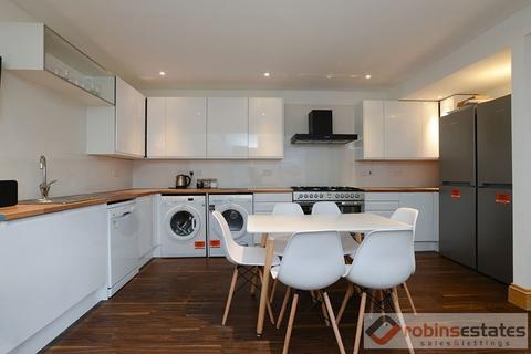 6 bedroom semi-detached house to rent - Swenson Avenue, Nottingham