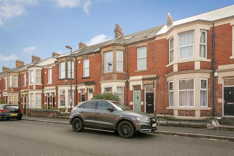 4 bedroom maisonette to rent - Trewhitt Road, Heaton, Newcastle upon Tyne
