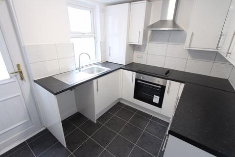 2 bedroom terraced house to rent - Chelsea Road, Liverpool