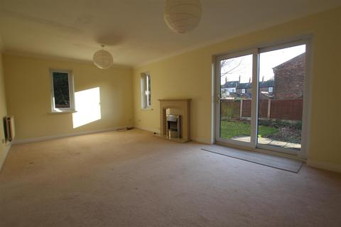 4 bedroom house to rent - St Matthews Court, Minster Moorgate, Beverley