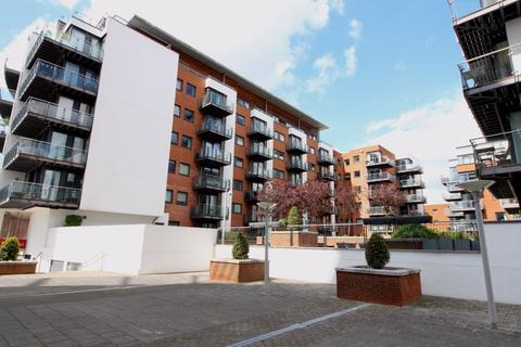 1 bedroom apartment for sale - STUNNING ONE BEDROOM APARTMENT IN HIGHLY SOUGHT AFTER OCEAN VILLAGE