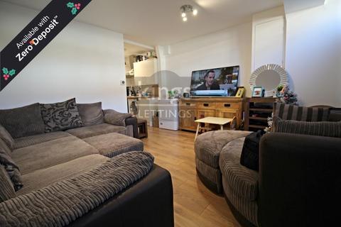 2 bedroom maisonette to rent - Lancaster Road, Enfield