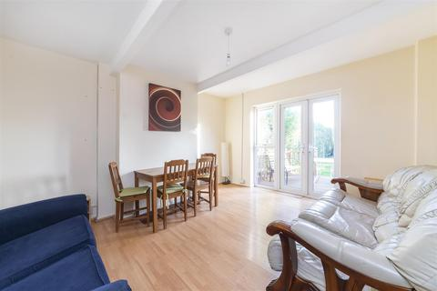4 bedroom semi-detached house to rent - Noel Road, Acton, W3