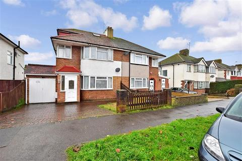 3 bedroom semi-detached house for sale - Shirley Avenue, Redhill, Surrey