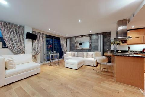 1 bedroom flat to rent - Millharbour, South Quay, E14
