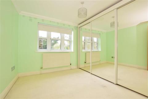 1 bedroom flat for sale - Mawney Road, Romford, Essex
