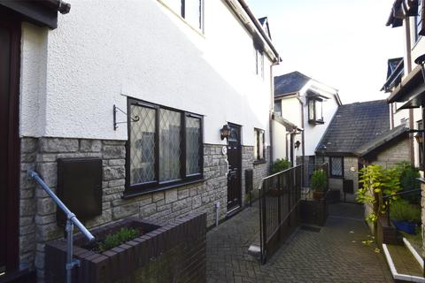 2 bedroom flat for sale - Stanley Court, Midsomer Norton, Somerset, BA3 2DU