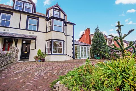 5 bedroom semi-detached house for sale - Morfa Drive, Conwy LL32