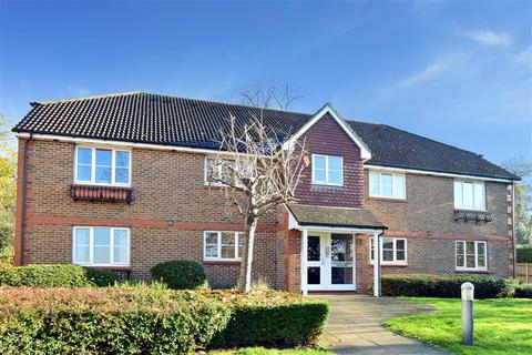 2 bedroom flat for sale - Evelyn Way, Wallington, Surrey