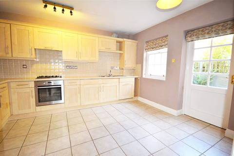 3 bedroom terraced house to rent - Alison Way, Winchester, Hampshire, SO22