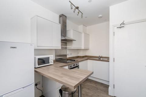 3 bedroom flat to rent - St Georges Road, BRIGHTON, East Sussex, BN2