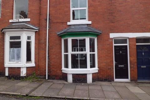 4 bedroom terraced house to rent - Lawson Terrace