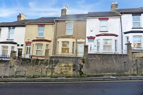 3 bedroom terraced house for sale - Magpie Hall Road, Chatham, Kent