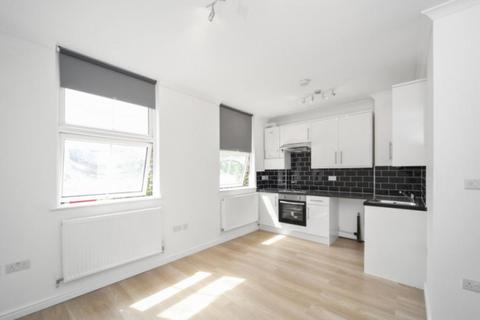 1 bedroom flat to rent - Chiswick High Road London W4