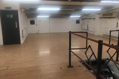 Industrial unit to rent - Kentish Town / Camden NW5
