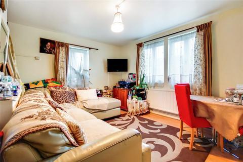 1 bedroom flat for sale - Aldine Court, London, W12