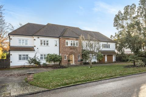 Sunnydale Farnborough Park 7 Bed Detached House 2595000
