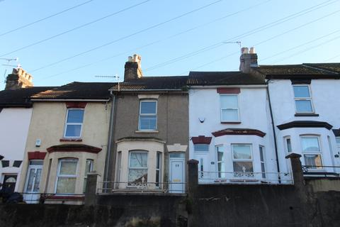 3 bedroom terraced house for sale - Magpie Hall Road, Chatham, Kent, ME4