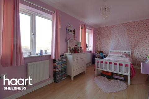 3 bedroom semi-detached house for sale - Coral Road, Minster on Sea
