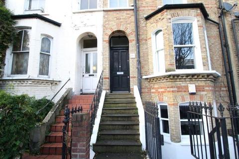 2 bedroom terraced house to rent - Bellefields Road, London, SW9