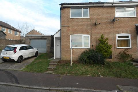 2 bedroom semi-detached house to rent - Hazeldene Avenue, Brackla, Bridgend, CF31 2JW
