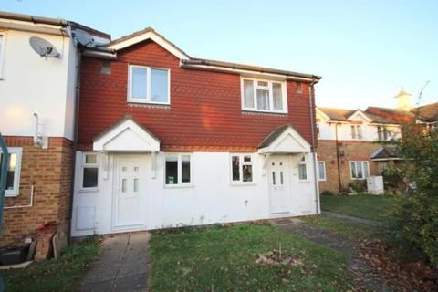 2 bedroom terraced house for sale - Cleveland Park, Staines-upon-Thames, Surrey, TW19 7LX